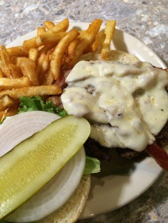 Rod & Reel Pier: Burger with provolone and fries