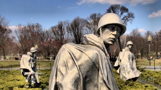 Monumento a los veteranos de la Guerra de Korea: Korean War Memorial