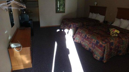Ambers Hideaway: View from Room Door