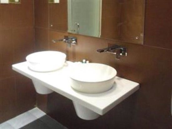 Taibah Boutique Hotel: Deluxe washroom