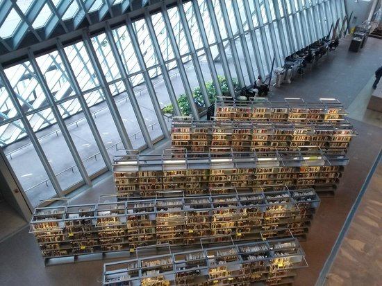 Seattle Public Library: Stacks
