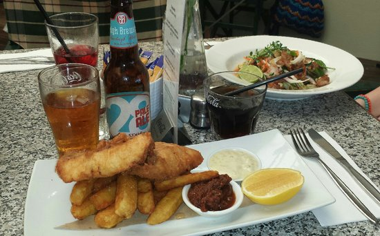 The Fig Tree: Beer battered barra with Burleigh 28 Pale Ale plus Vietnamese chicken salad.