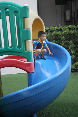 Somerset Ho Chi Minh City: Oscar @ Playground