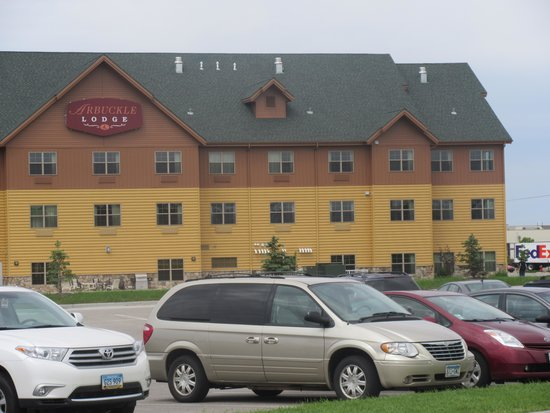 AmericInn Hotel & Suites Fargo South — 45th Street: Excellent Place to Stay - Arbuckle Lodge Fargo, ND