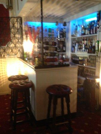 Blenheim Hotel: Bar
