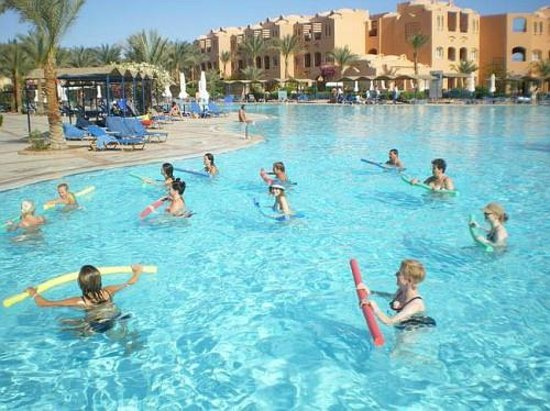 Jaz Makadi Oasis Resort and Club: Аква фитнесс