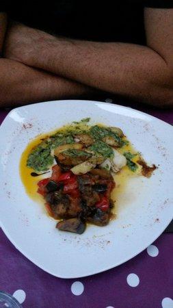 Hotel Restaurant de la Place : Dorade et ses petits legumes