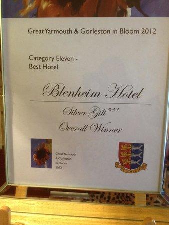 Blenheim Hotel: Flower award