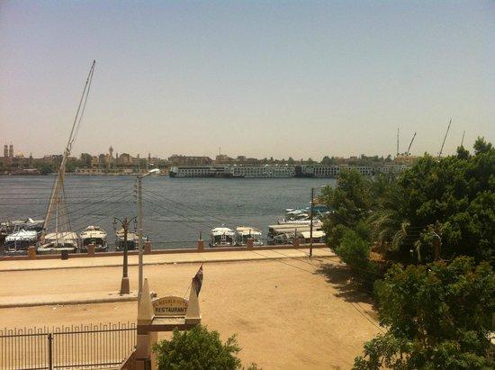El Mesala Hotel: view from balcony (nile facing room)