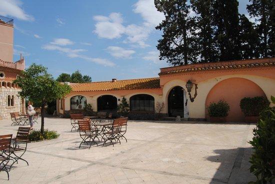 Hotel Termes de Montbrio - Resort Spa & Park: Jardines del Hotel