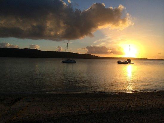 Tranquillity Island Resort & Dive Base: Sunset over Moso Island