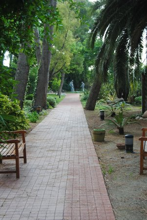 Hotel Termes de Montbrio - Resort Spa & Park : Jardines del Hotel