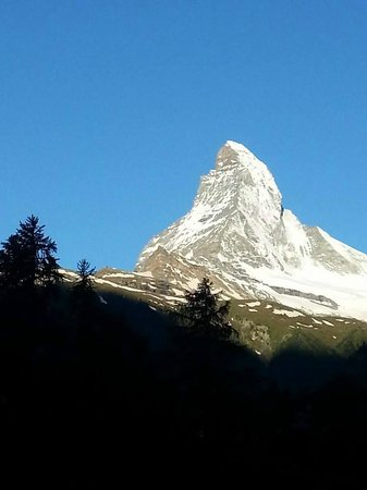 Zermatt Youth Hostel : View from our room (4th floor)