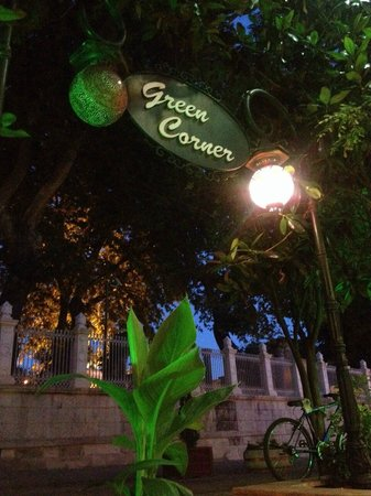 Green Corner Cafe and Restaurant : From where i was sitting