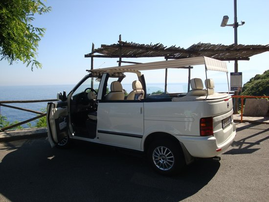 Blue Grotto Tours: Our fabulous open air taxi
