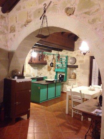 Villa Petra: Küche
