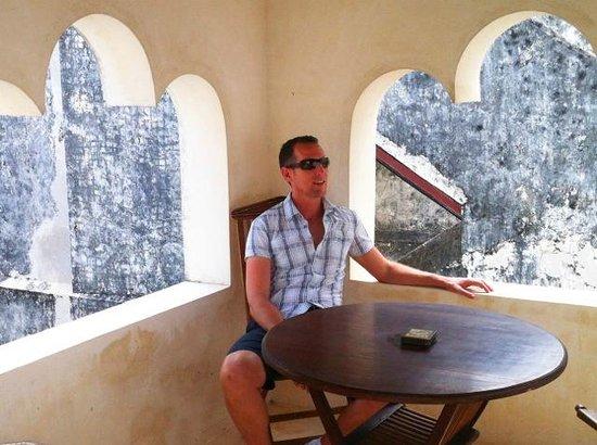 Baytil Ajaib: Roof terrace