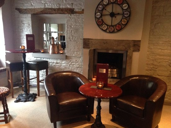 Towngate Brasserie: Bar area