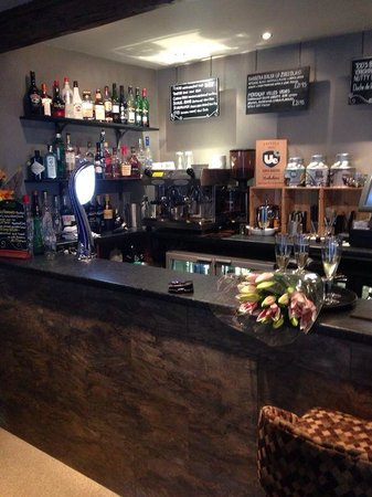 Towngate Brasserie: Bar