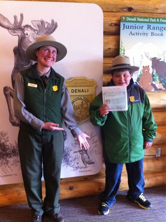 Denali Visitor Center : Junior ranger