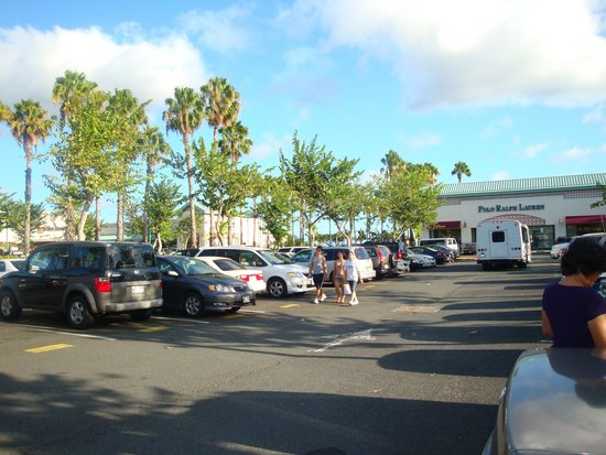Waikele Premium Outlets: 駐車場