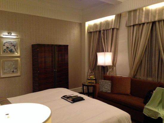 Fairmont Peace Hotel: 客室内