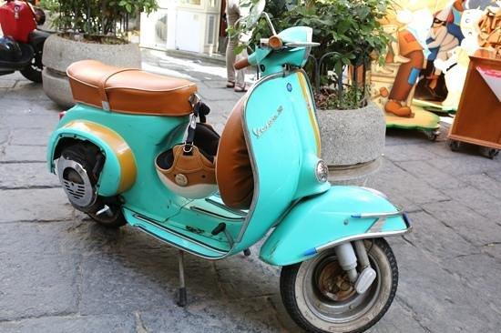 Maison Tofani: sorrento moto