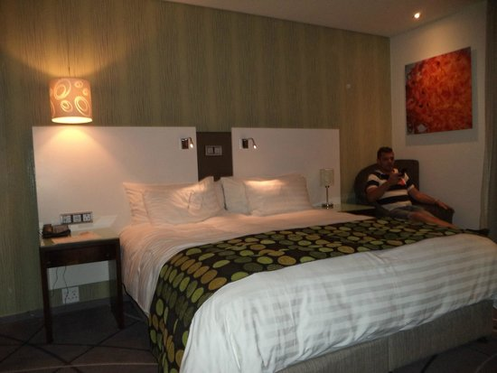 Hotel Verde Cape Town International Airport: chambre