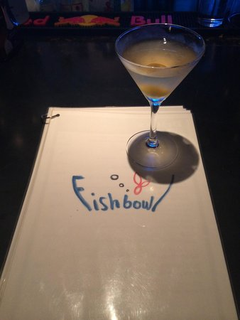 Fishbowl : Excellent Asian Martini, invented by the owner for me