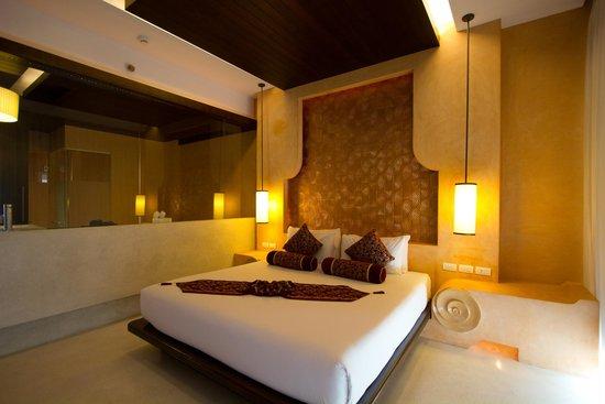 Chanalai Romantica Resort : room