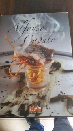 Taverna del Capitano: Libro autografato dallo chef maestro Caputo
