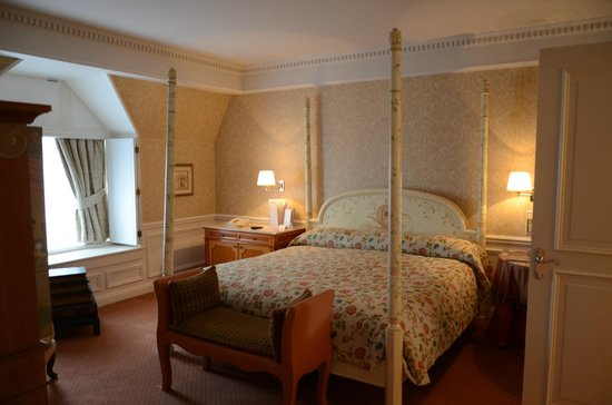Disneyland Hotel : suite cendrillon chambre