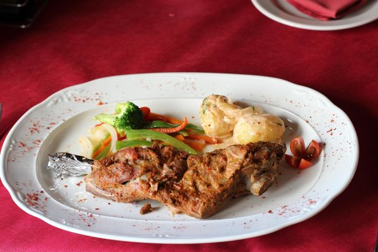 Tasca Moraira : Cordero al horno/ oven roast lamb