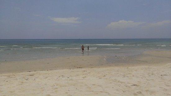 Klong Prao Resort Koh Chang: Братья , из моря бегущие ...