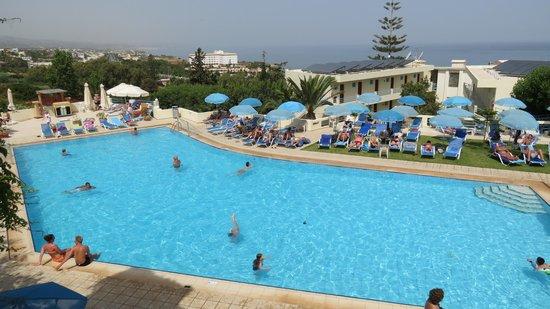 Hotel Rethymnon Mare: Pool area