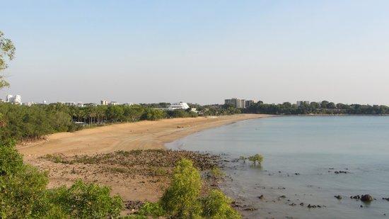Mindil Beach: beach