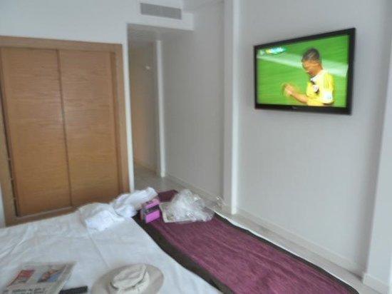 Palladium Hotel Don Carlos: Watching the World Cup