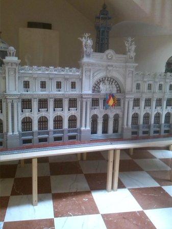 Edificio de Correos y Telégrafos: Il plastico