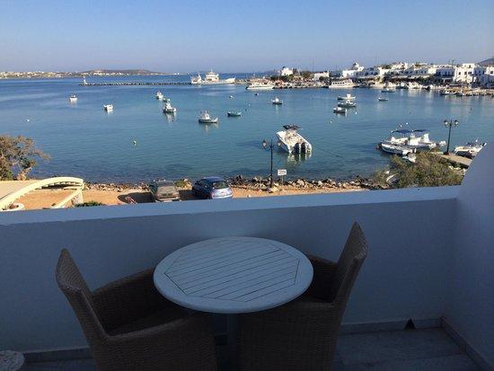 Artemis Hotel: balcone camera vista mare
