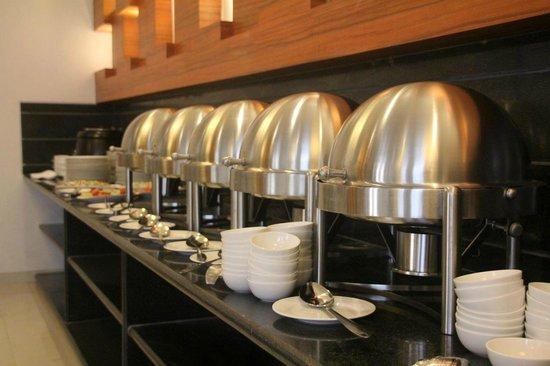 Basil Leaves : Buffet Setup