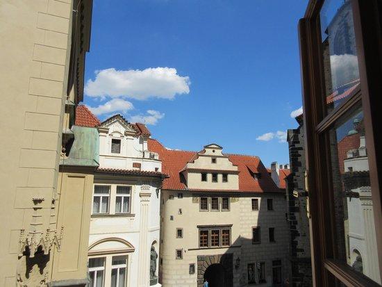 Cerny Slon : 窓からの風景