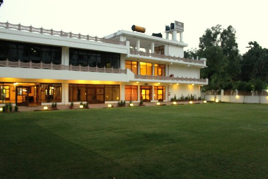 Hotel Harsh Ananda: New Block Facade