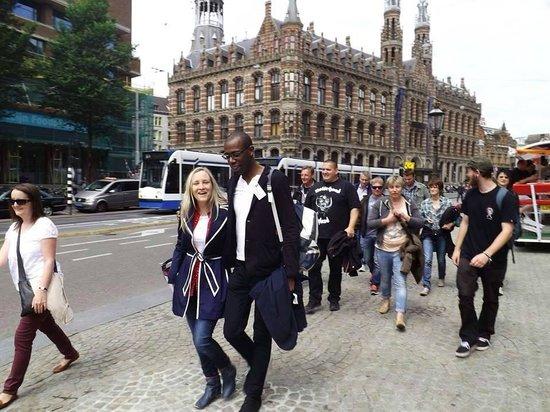 Oranje Umbrella Walking Tours: Starting our tour with our fabulous German Interpreter!