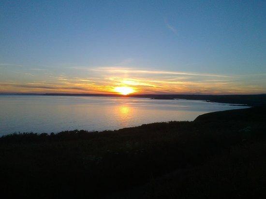 Lantern Lodge: Hope Cove Sunset