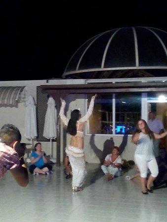Eken Resort Hotel: türk gecesi