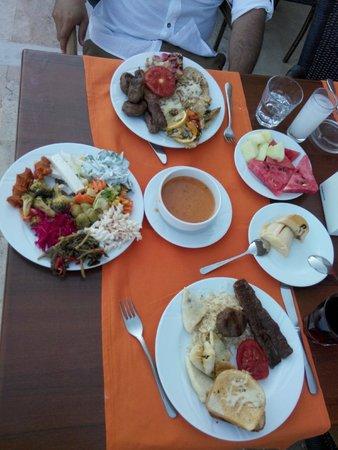 Eken Resort Hotel: lezzetliydi