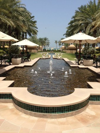 Residence & Spa at One&Only Royal Mirage Dubai: the hotel ground