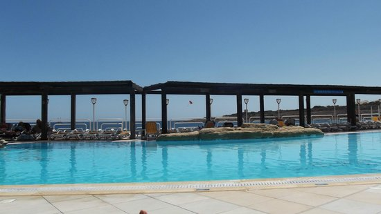 Sunny Coast Resort & Spa: Pool area