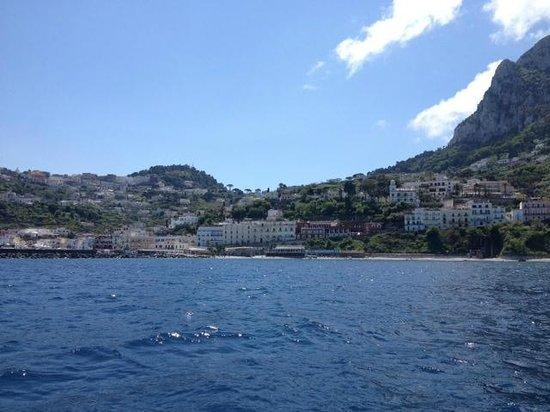 Parco Filosofico dell'Isola di Capri: Вид с воды
