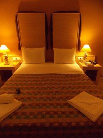 Park Hotel: Le lit